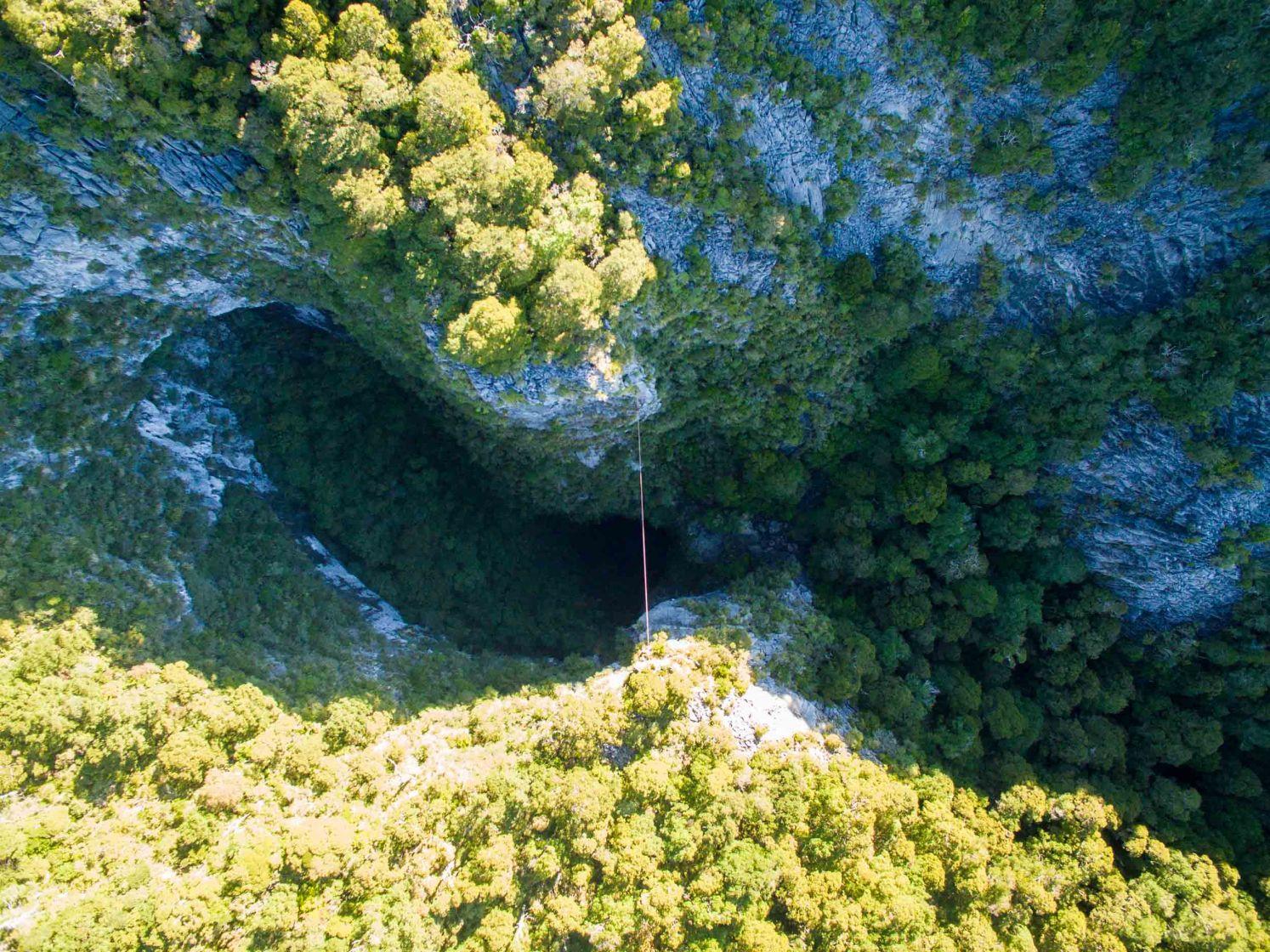 Harwoods Hole